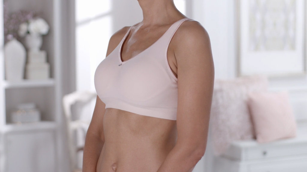 46e3413b1d517 Breezies Seamless Comfort Wirefree Bra - Page 1 — QVC.com