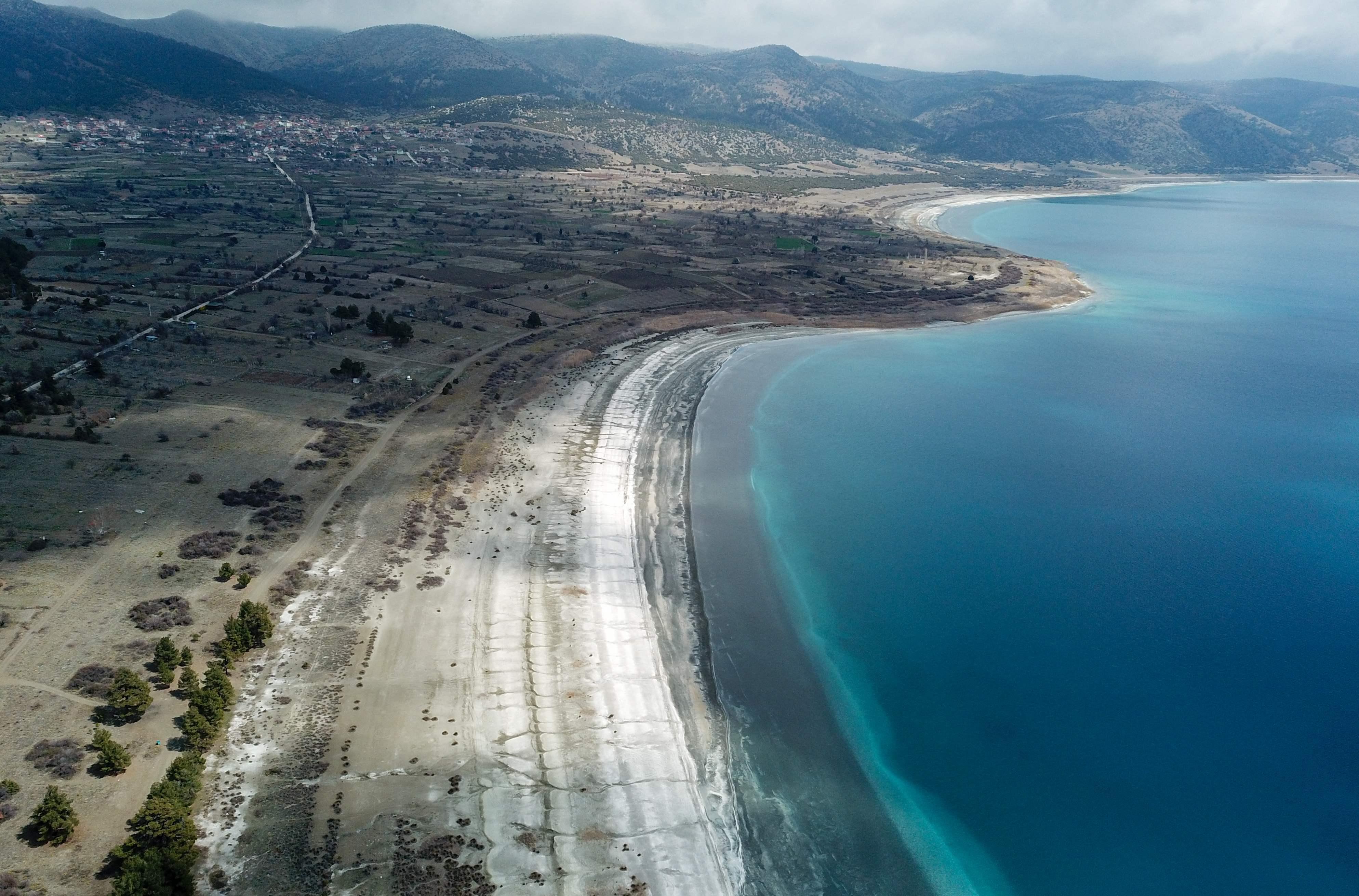 En Turquie, un lac unique au monde est menacé par sa popularité