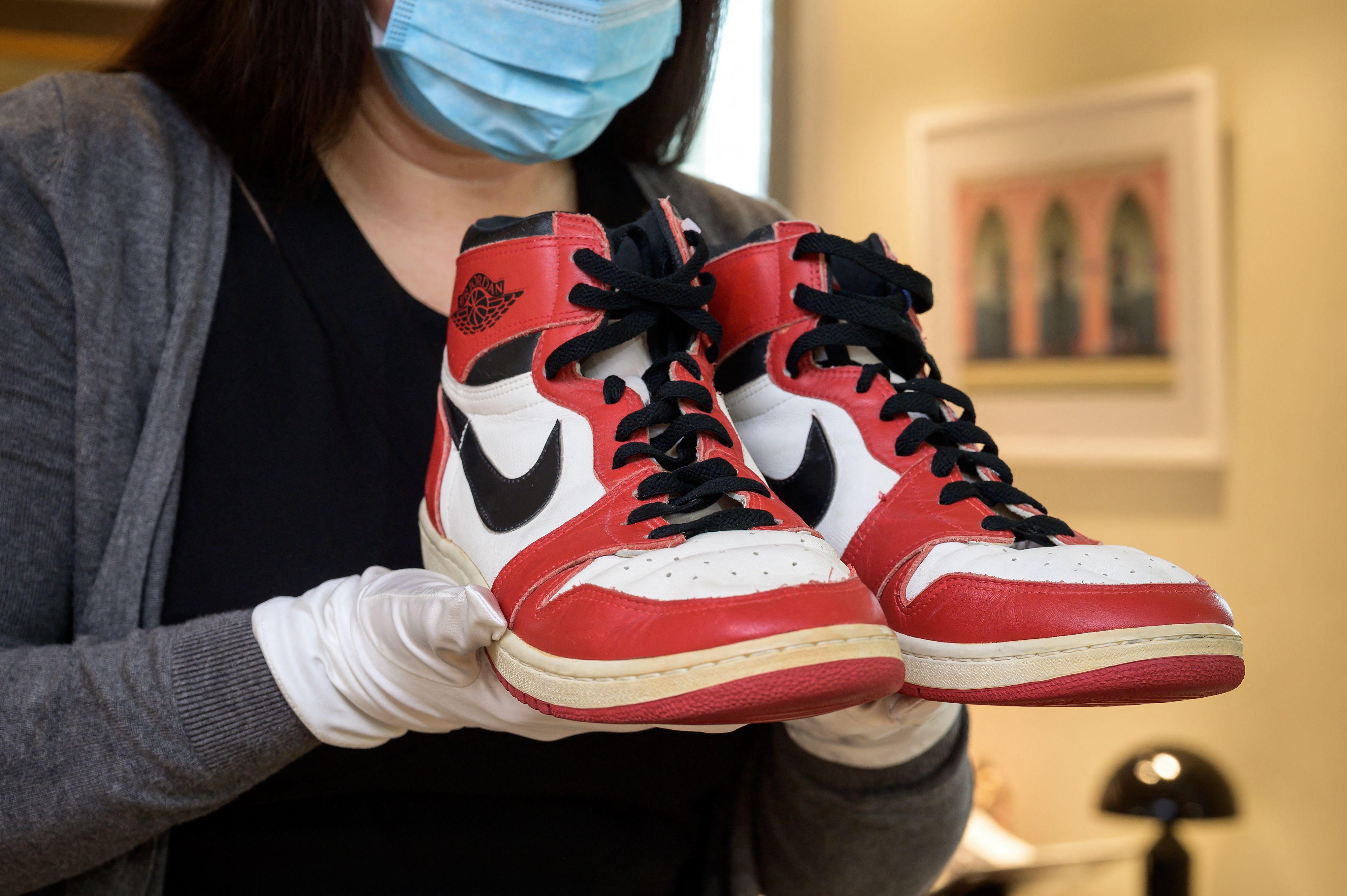 La folie des chaussures de sportifs chez Sotheby's