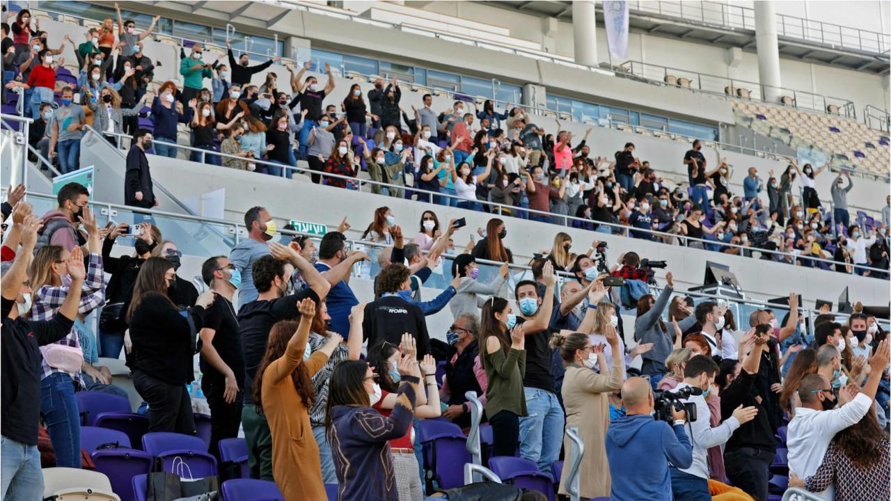 Des centaines de spectateurs vaccinés assistent à un premier concert à Tel-Aviv